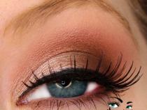 Mac eyeshadow combinations for blue eyes