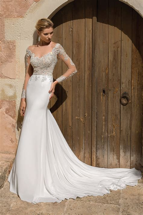 All the Glamour: Justin Alexander Wedding Dresses 2019