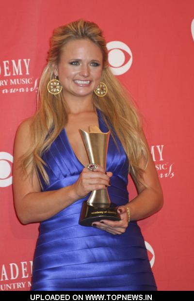 miranda lambert cma awards 2010. Miranda Lambert at 43rd