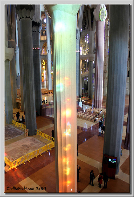 1 interior Sagrada Familia