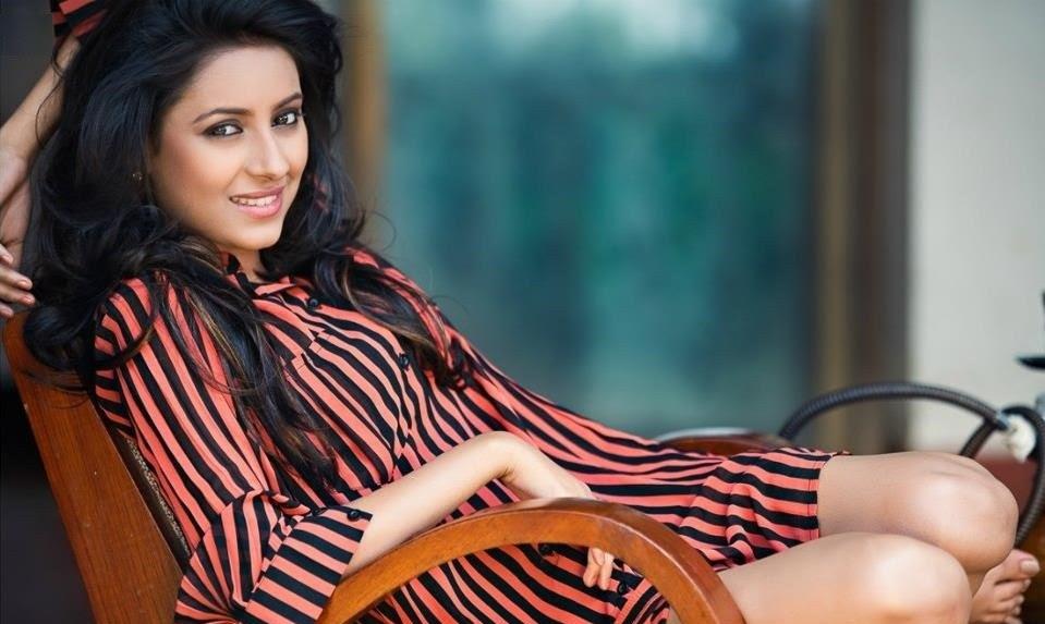 15+ Hot Pictures of Pratyusha Banerjee & TV Actress Latest Photo Gallery
