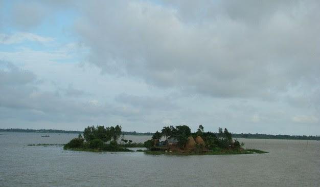 800px Chalan_Beel_Natore_Bangladesh_92 626x365