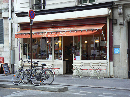 terrasse et vélo.jpg