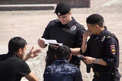 Социолог назвал главную причину страха россиян перед мигрантами
