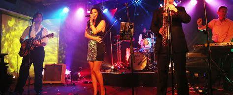 Wedding Bands Sydney   Wedding Entertainment, DJ's & Music