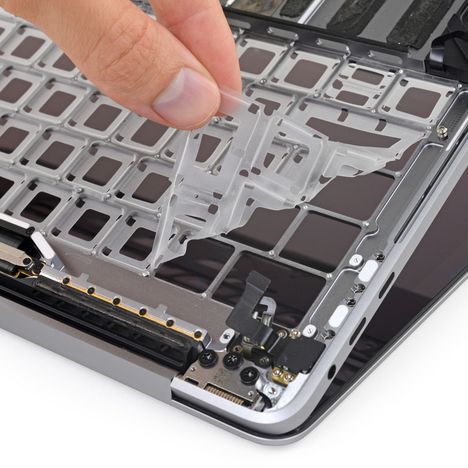 Image: An up-close look at Apple's new third-generation keyboard