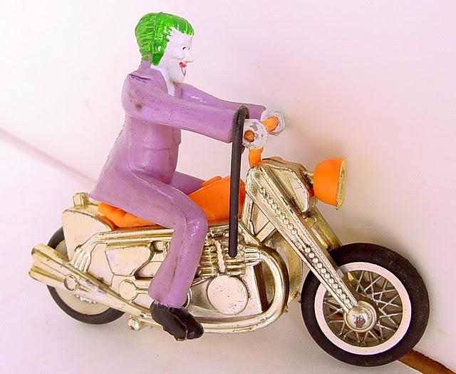 ahibatman_ahijokercycle.jpg