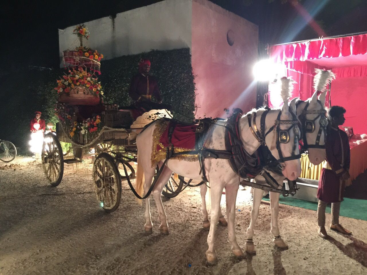 Delhi Wedding Chariot photo 2015-05-16 17.36.30_zpsl6vvdrhd.jpg