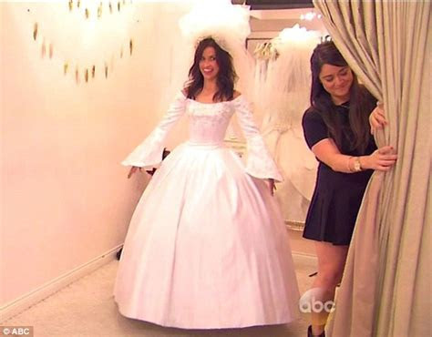 Kaitlyn Bristowe tries on wedding dresses with Jimmy