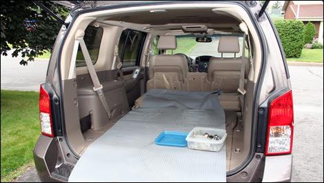 2005 Nissan Pathfinder Le 4X4 pictures