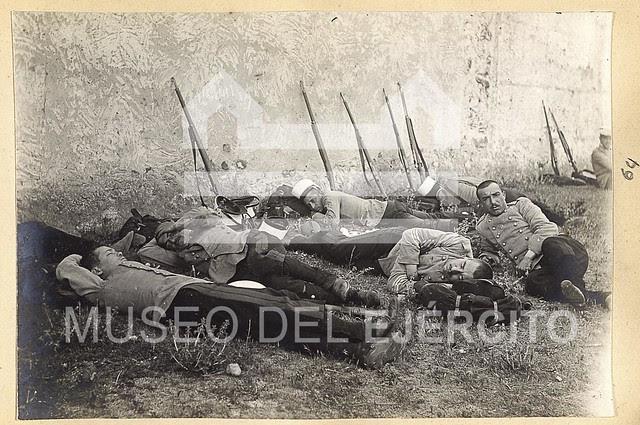Álbum dedicado al campamento de Alijares hacia 1904 © Museo del Ejército, Ministerio de Defensa