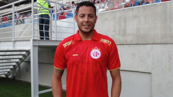 Fernando Henrique, goleiro do América-RN (Foto: Edmo Nathan/Divulgação)