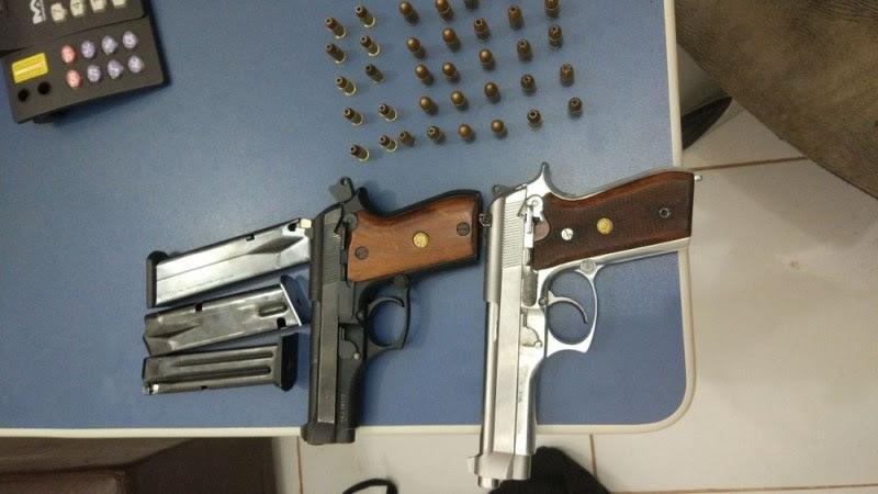 Armas e munições também foram apreendidas durante cumprimento dos mandados judiciais (Foto: Polícia Federal/Divulgação)