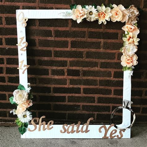 DIY bridal shower photo booth frame.   Party Ideas in 2019