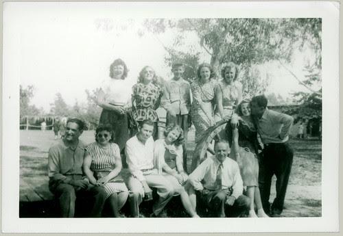 12 people pose