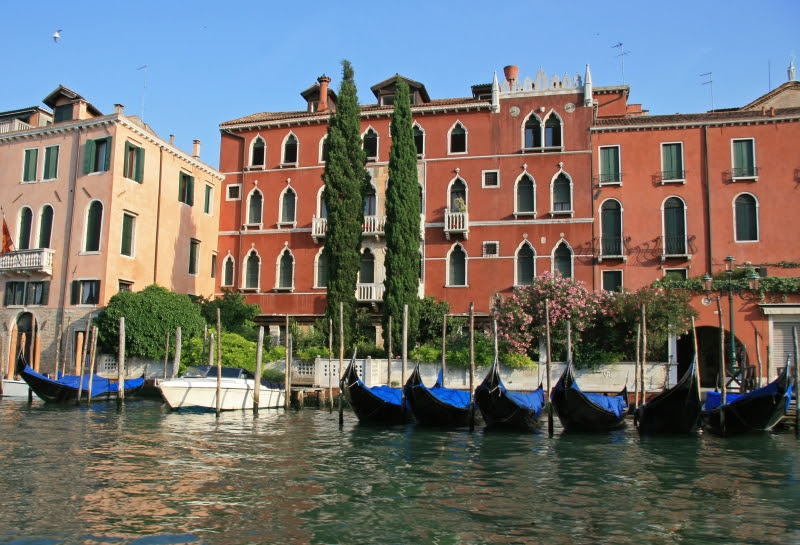 Images and Places, Pictures and Info: canals of venice facts