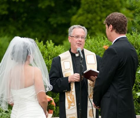 How to Perform a Wedding Ceremony   Get Ordained
