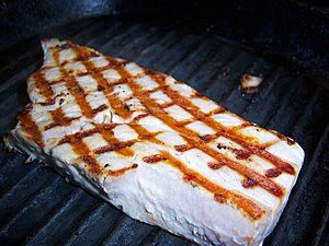 Griddled tuna steak