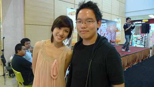 With singer Loo Yise 罗忆诗 at Klang Creative Fest 2009