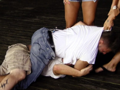 jersey shore ronnie fights situation. Jersey Shore - 01x06 Boardwalk