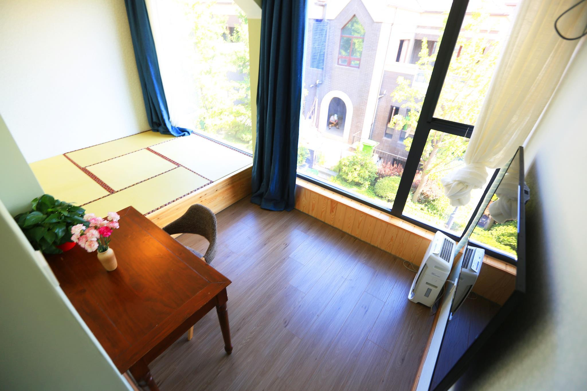 hotel near Xian Japanese Tatami Room near Big Wild Goose Pagoda