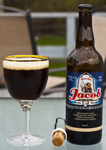 Review: Jacob Bruin (Brouwerij Broeder Jacob) by Cody La Bière