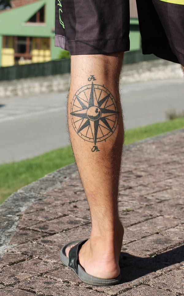 Tattoo Rosa De Los Vientos I Black Storm Estudio Loredo Cantabria