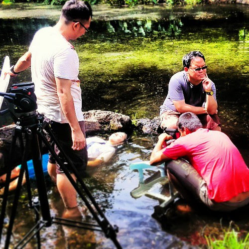I like to see photos of myself working. This is me directing my new film FLOATING SUN #幻日
