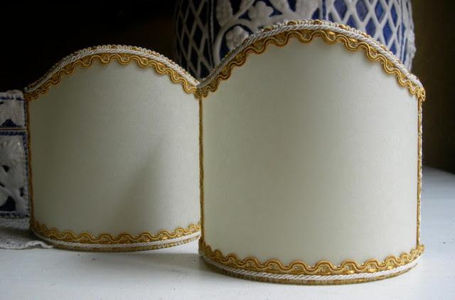 Traditional Bathroom Barclay Flush Fitting Glass Ceiling: White Eggshell Silk 5 Inch Wall Sconce Shield Lamp Half