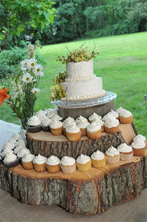 1000  ideas about Wood Cupcake Stand on Pinterest   Rustic
