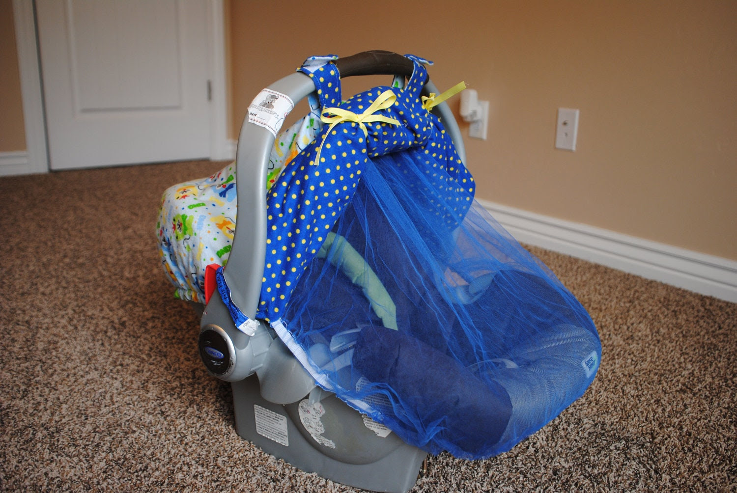 Car Seat Cover with Bug Net