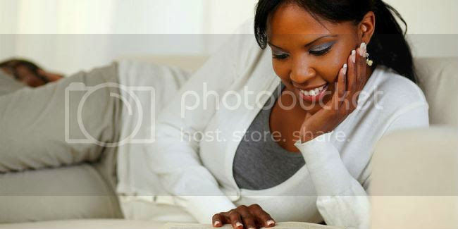 photo black-woman-reading-book.jpg