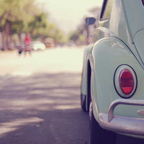 justbesplendid:  VW (flickr)