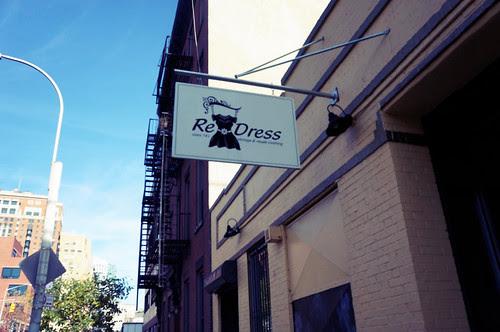 Re/Dress Sign