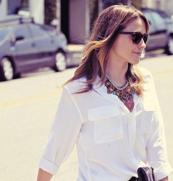 3fb64ce4691 Δες πώς να συνδυάσεις το λευκό σου πουκάμισο φέτος την Άνοιξη! | Fashion  Women Monadiko Gr