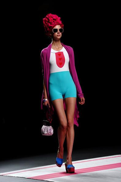 Victorio+Lucchino+Cibeles+Madrid+Fashion+Week+p4EaYPxGYG_l