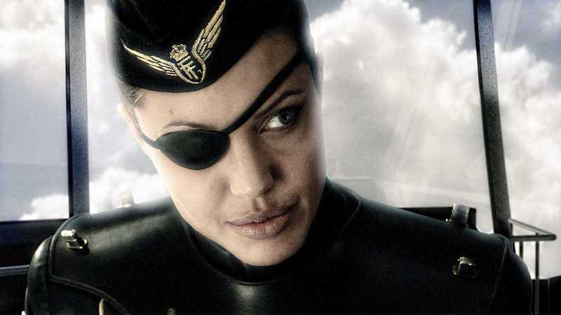 Sky Captain And The World of Tomorrow Gunnar Angelina Jolie