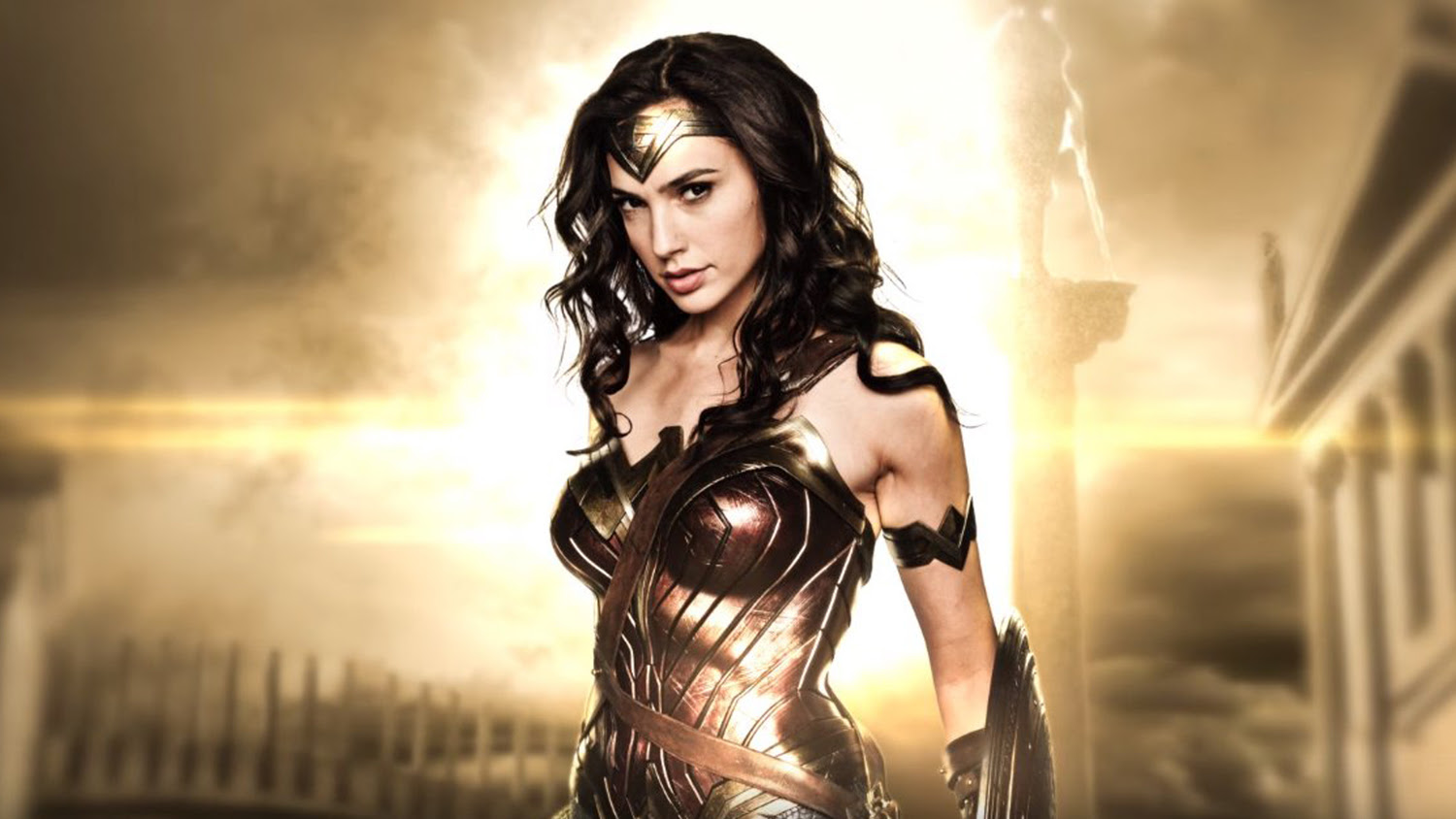 Gal Gadot Details Wonder Woman S Differences In Batman V Superman