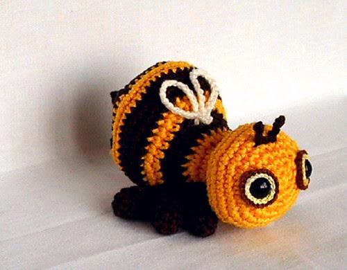 bee side1