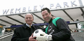 David Seaman and Ken Livingstone unveil Wembley Park Station