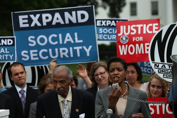 Should Illegal Immigrants Be Eligible for Social Security Benefits? Sign The Petition