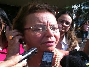 Ede Cury, assessora do cantor Pedro  (Foto: Humberta Carvalho/G1)