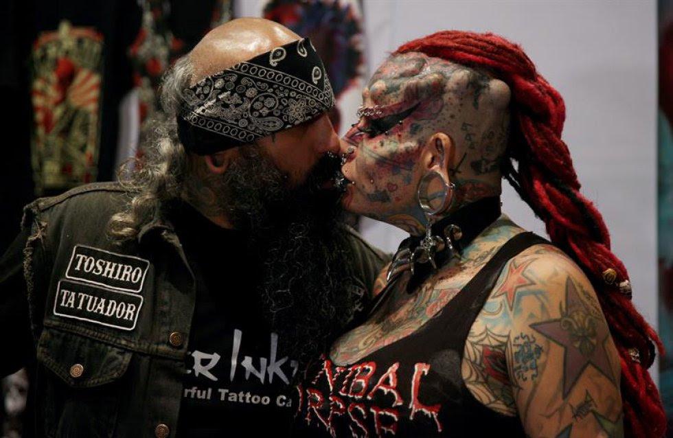 Tatuajes Mujer Vampiro En Fotos La Ix Convención Internacional De