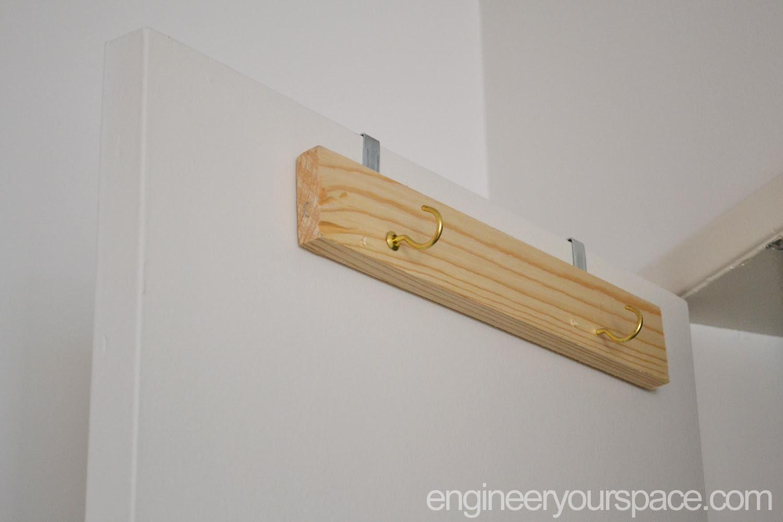 Diy Over The Door Ladder Holder Smart Diy Solutions For Renters