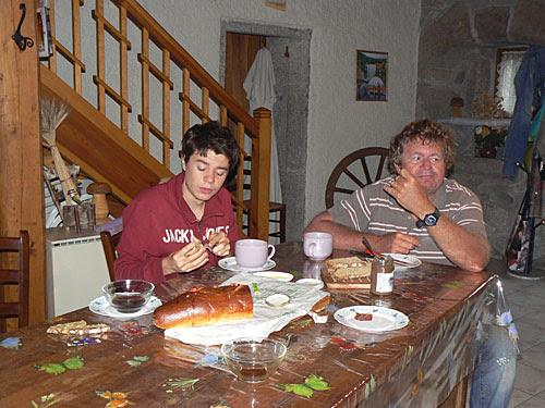 premier petit déj en Lozère.jpg