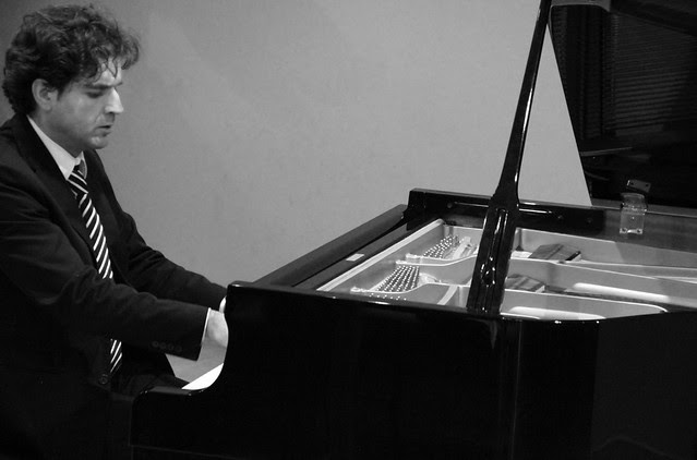 FCO DAMIÁN HERNÁNDEZ, PIANO - LEÓN 21.04.12