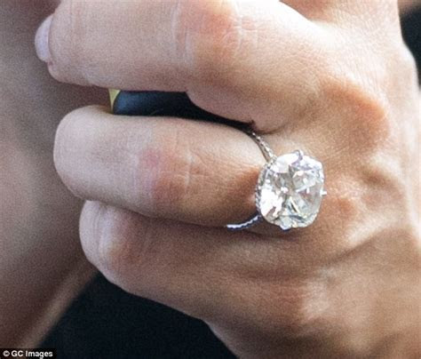 Julianne Hough flashes diamond engagement ring from Brooks