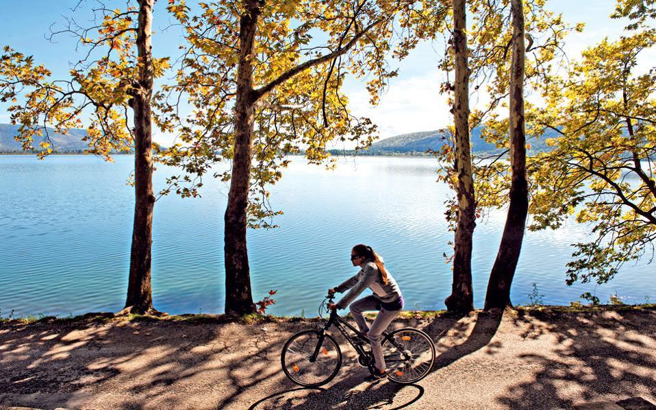 Αποτέλεσμα εικόνας για καστορια λιμνη