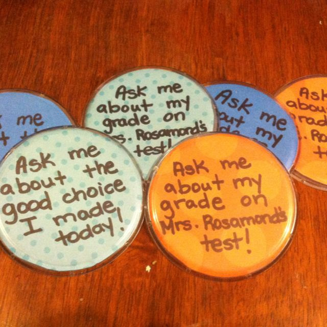 """Brag buttons... Love these! I wonder if there is a way to """"pin"""" them on w/out the pin though??"""