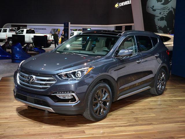 Hyundai Santa Fe ở Việt Nam giảm giá gây sốc - 1
